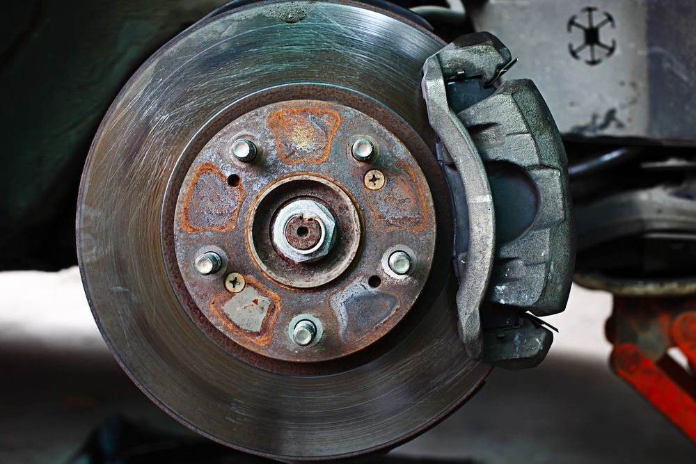what causes warped brake pads and how to fix them. Black Bedroom Furniture Sets. Home Design Ideas