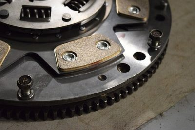 Flywheel & Clutch – Do They Need To Be Replaced At The Same Time